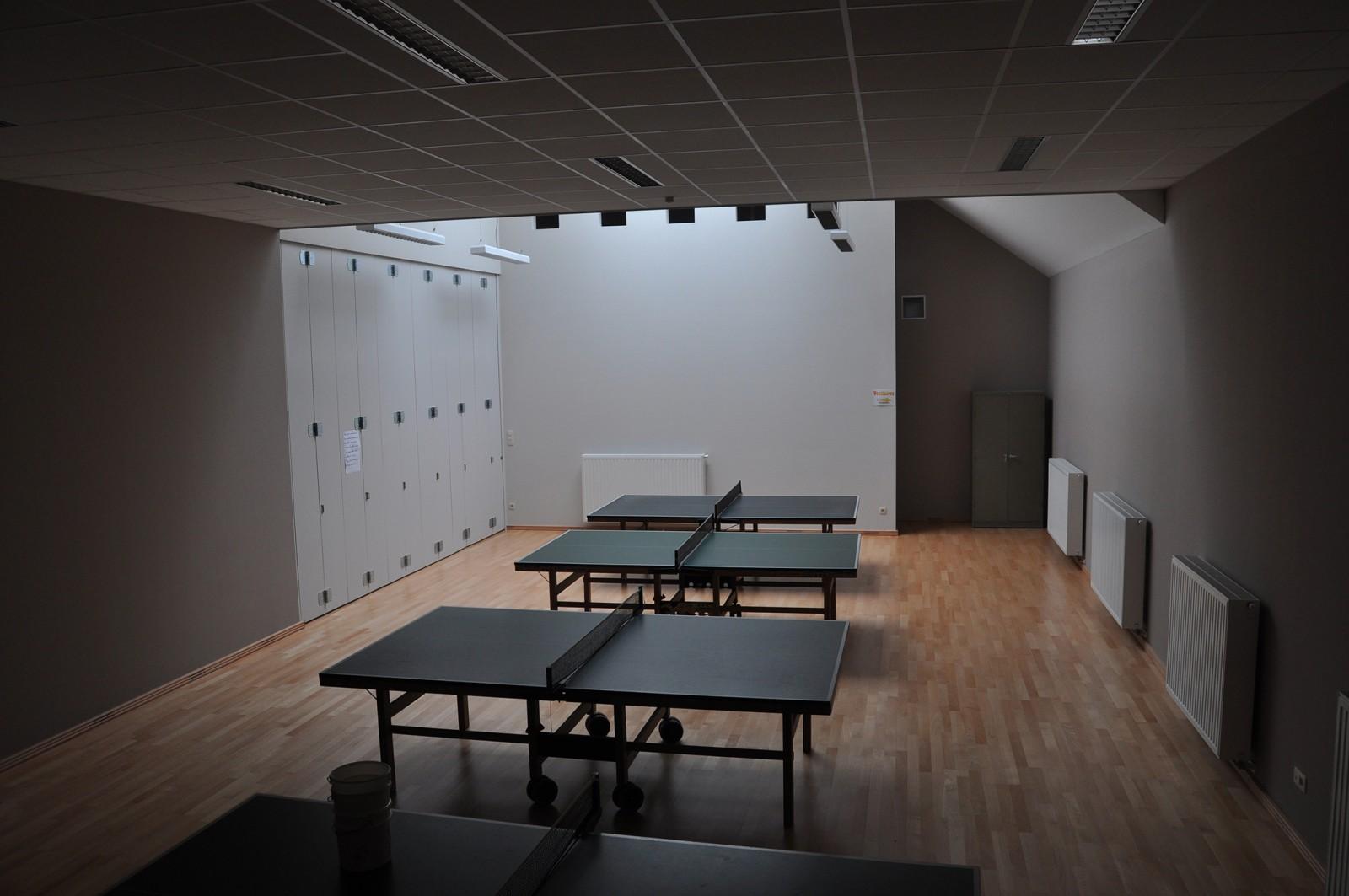 transformation de la salle st maximin rive gauche architectes. Black Bedroom Furniture Sets. Home Design Ideas